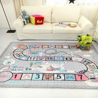 Spēļu paklājs bērnu istabā