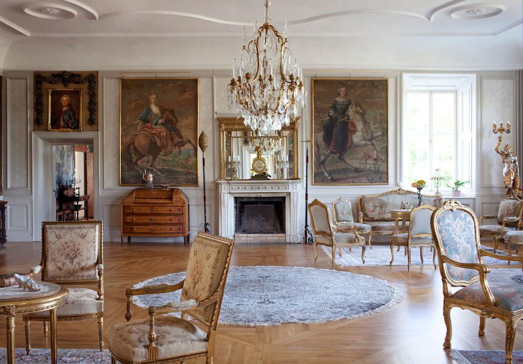 Baroka dzīvojamās istabas paklāju dekorēšana