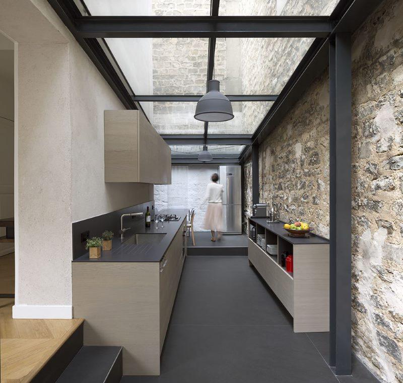 Conception de cuisine avec plafond de verre