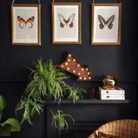 Trīs tauriņi modulārās gleznās