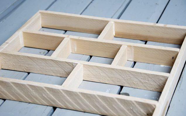 Házi készítésű fa forma tégla készítéséhez