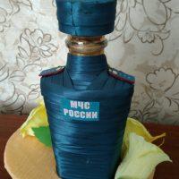 Dekoratīvā pudele Krievijas EMERCOM formā