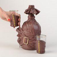Stilīgs ādas pudeles dekors