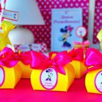 Boîtes lumineuses pour les cadeaux des enfants