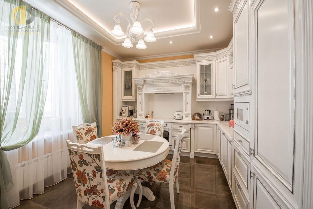 Intérieur de cuisine de style classique