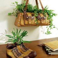 Vecās lietas kā istabas augu podi