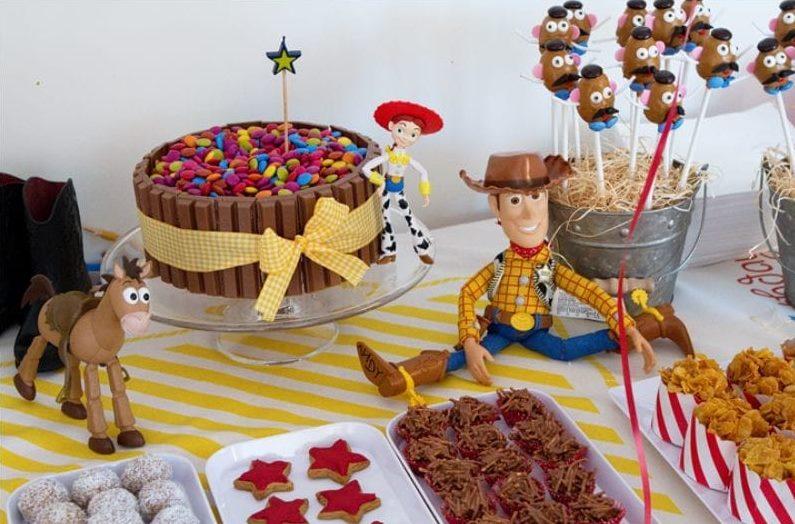 Bar pour enfants dans le style de Toy Story