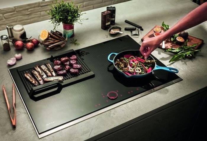 Batterie de cuisine pour cuisinière à induction.