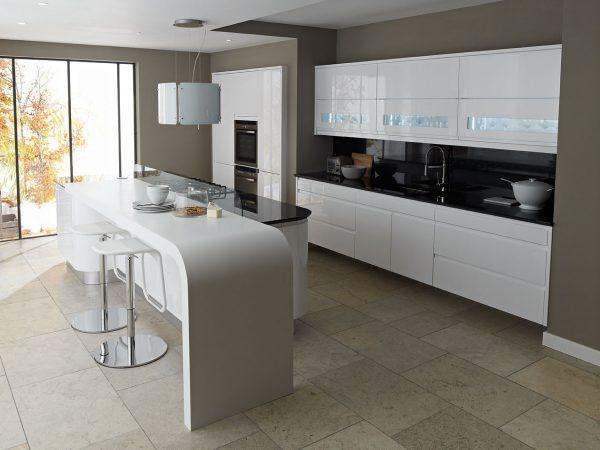 comptoir de cuisine avec plan de travail en pierre