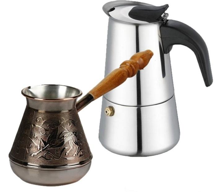 Cezve pour le café.