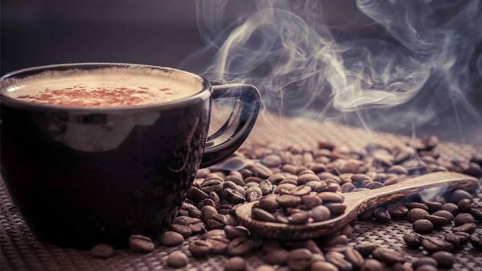 L'arôme du café cezve.
