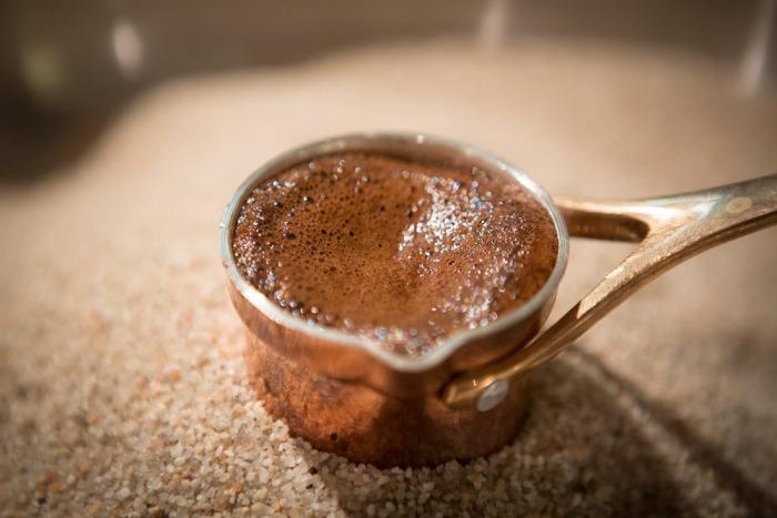 Café sur le sable