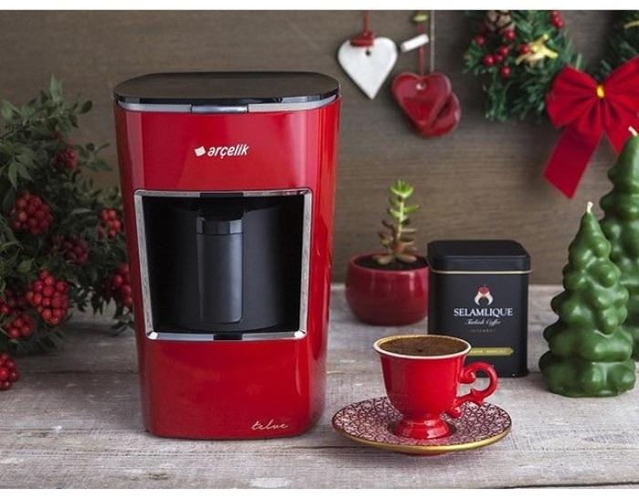 Machine à café rouge.