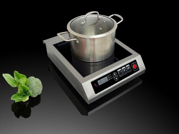 Champs de chauffage de la cuisinière à induction.