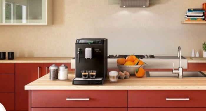 Nettoyage de la machine à café.