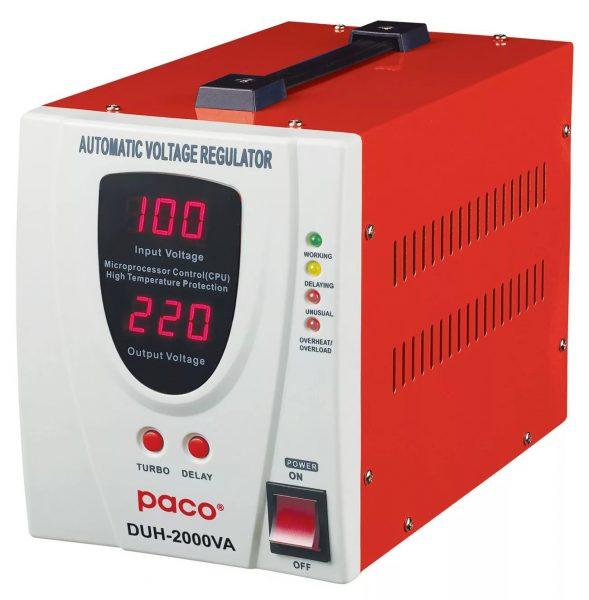 Stabilisateur de tension - équipement électronique ou électromécanique qui a une tension d'entrée et de sortie.