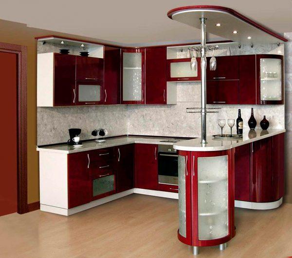 Il est préférable de choisir l'apparence et le matériau du comptoir de bar le plus près possible de l'intérieur de la pièce.
