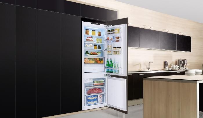 Réfrigérateur intégré.
