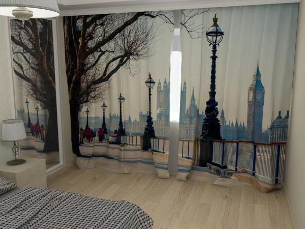 Il est à la mode d'utiliser des rideaux en 3D à l'image de paysages et d'animaux calmes.