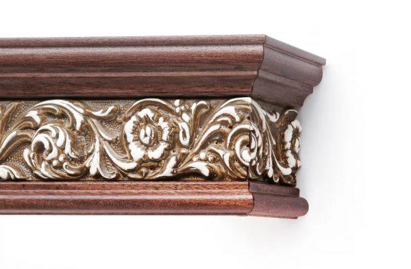 Ces bagues, œillets et autres accessoires ne cachent pas cette beauté et cette splendeur. Cette baguette cache le bord supérieur des rideaux.
