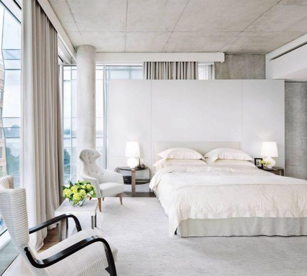Les rideaux blancs ont fière allure dans un style Loft
