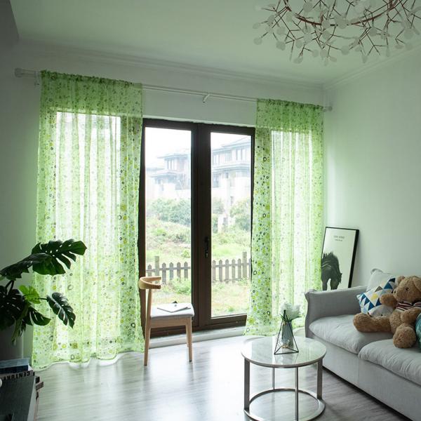 En 2019, le respect de l'environnement est particulièrement apprécié dans le monde entier. Dans les textiles pour les ouvertures de fenêtres aussi.