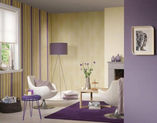 The combination of vertical stripes of various colors and textures will create the effect of higher ceilings. In this way, you can select individual zones and make changes to the lighting.