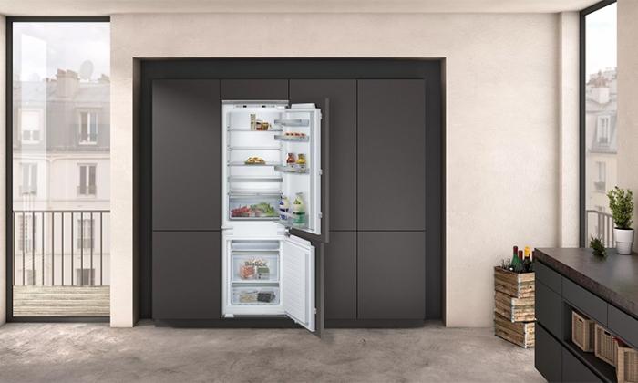 le niveau de bruit du réfrigérateur.