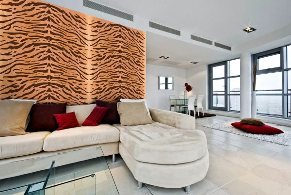Most often these are light canvases with bright patterns or murals with images of animal skins.
