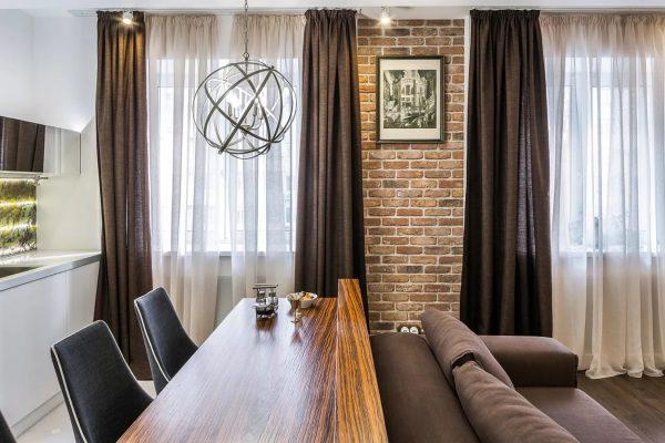 Les rideaux modernes à l'intérieur du style loft 2019 ne constituent pas seulement une protection contre la lumière excessive, vous devez également tenir compte de la règle du choix de la couleur et de la qualité du matériau.