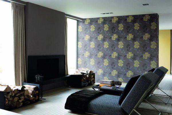 Vieną sieną galima atskirti pagal spalvą ar tekstūrą. Tokiu atveju galite pritaikyti skirtingų tipų tapetus, paryškindami vieną sritį vinilo, skysčio ar stiklo tapetais.