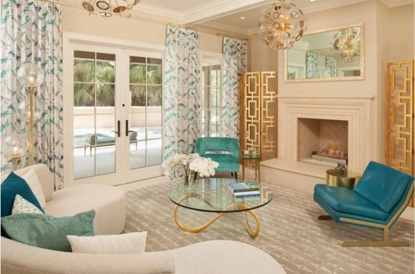 Stilingi tapetai gyvenamajame kambaryje 2019 daro įspūdį ne tik savo spalvų schema, bet ir originalia tekstūra.