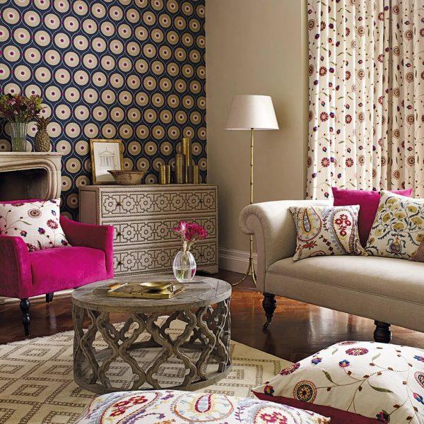A modern textil tapéta természetes anyagokból készül.