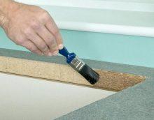 Jei buvo nuspręsta savarankiškai gaminti baldus iš tokių medžiagų kaip medžio drožlių plokštės ar MDF, turėsite pasirūpinti galinių dalių apsauga.