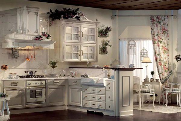 Le set de cuisine doit être naturel ou, à la limite, en copeaux