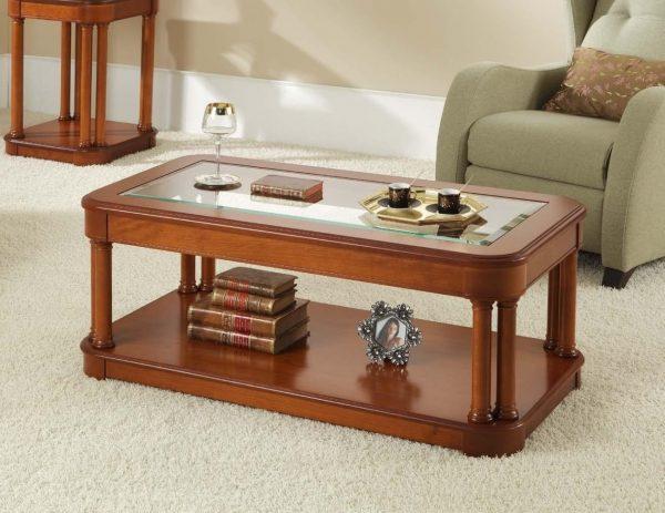 Ces modèles sont pratiques pour les petites familles habituées à dîner à la télévision dans le hall ou à leur ordinateur portable.
