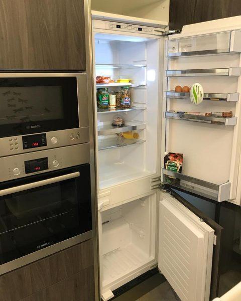 remplissez progressivement le compartiment réfrigérateur,