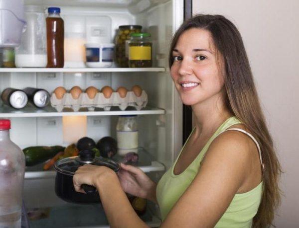 Skladištite hranu na posebno pripremljenom tamnom mjestu.